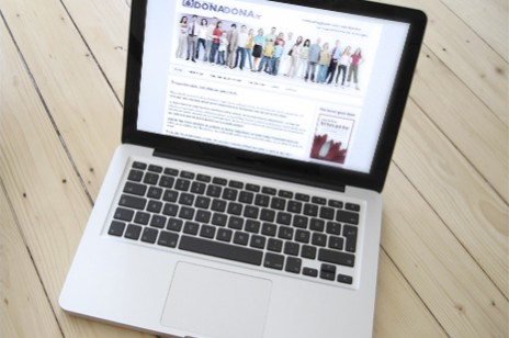 Donadona homepage webdesign